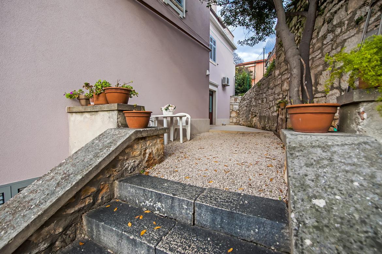 Villa Garden 9